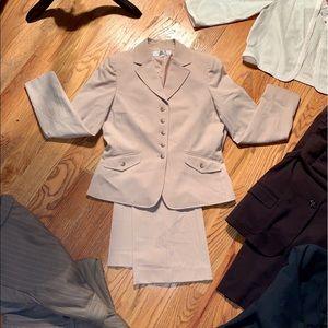 (4) Tahari ASL Cream Size 8 Suit